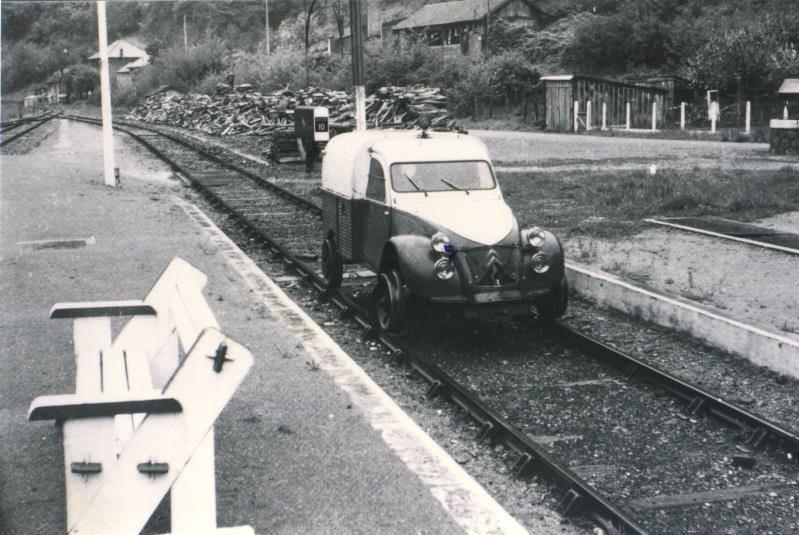Renault 2CV transformée en draisine