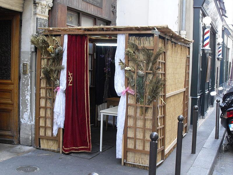 800px-Pletzl_rue_des_Ecouffes_soucca