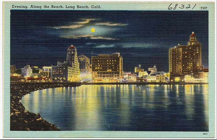 Evening, along the beach, Long Beach, Calif.  Flickr - Photo Sharing! - Google Chrome
