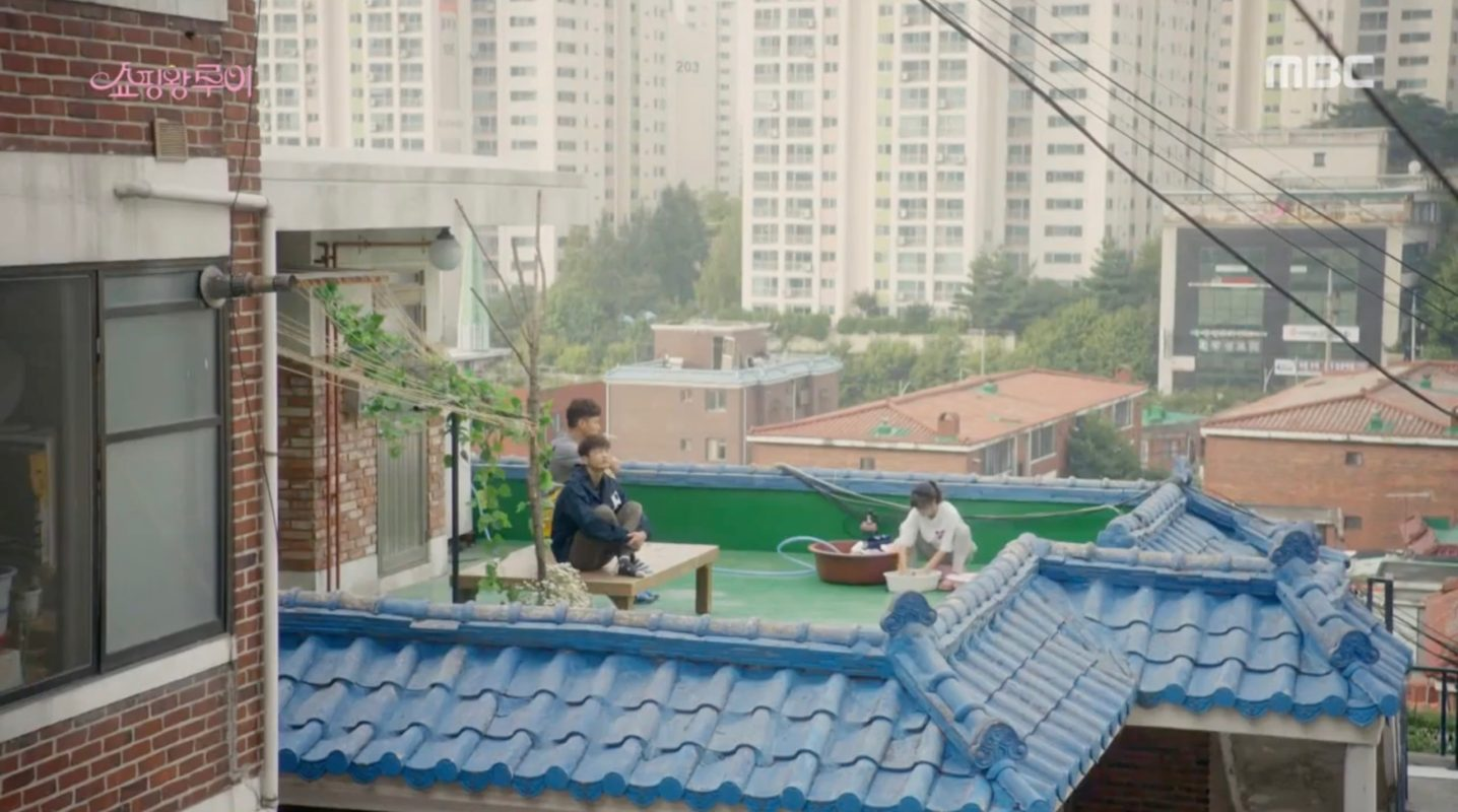 shopping-king-louis-filming-location-episode-3-rooftop-apartment-bok-shil-1436x800
